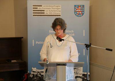 Autorin Petra Riemann liest aus ihrem Buch.